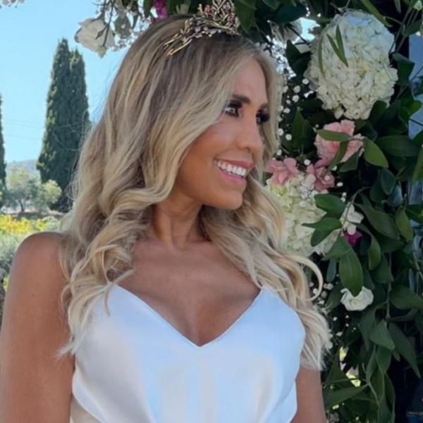 Já está casada! Cláudia Jacques disse 'sim' pela sexta vez. Veja as fotos da cerimónia