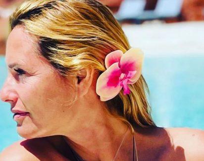 """Fernanda Serrano faz viagem de sonho com namorado: """"É isto o amor"""""""